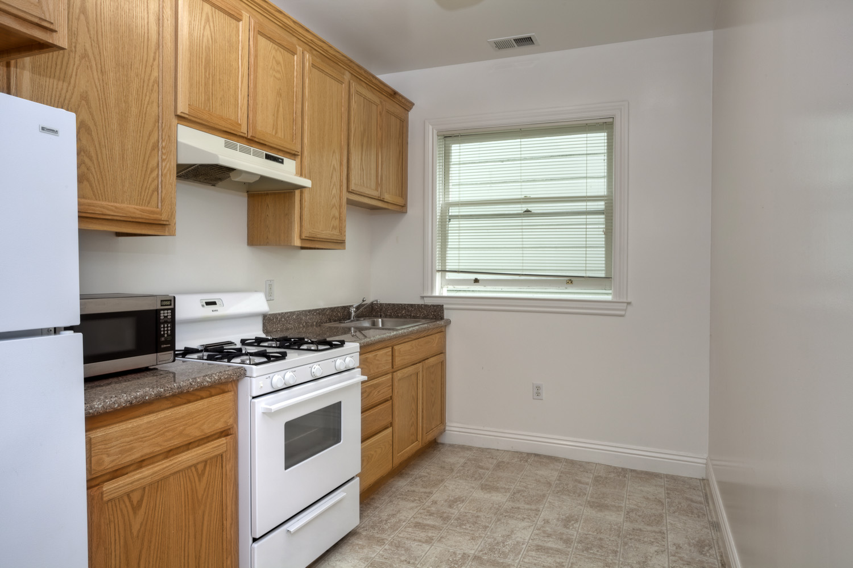 600 Stanyan Street, San Francisco, California, United States 94117, 2 Bedrooms Bedrooms, ,1 BathroomBathrooms,Apartment,Two Bedroom,Stanyan Street,1013