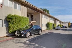100 Bayo Vista Way, San Rafael, California, United States 94901, 2 Bedrooms Bedrooms, ,1 BathroomBathrooms,Apartment,Two Bedroom,Bayo Vista Way,1275