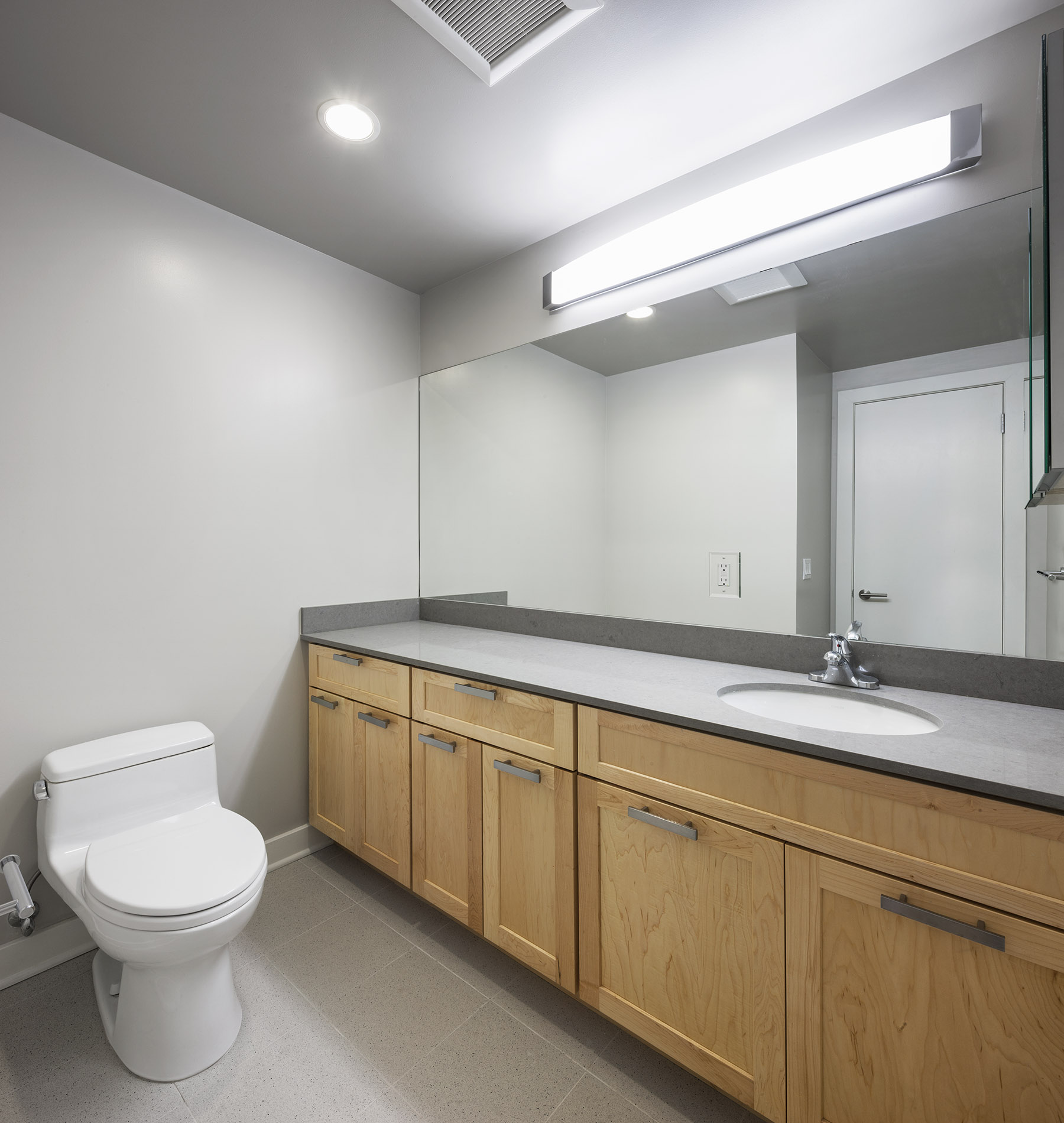 493 Haight Street, San Francisco, California, United States 94117, ,1 BathroomBathrooms,Apartment,Studio,Haight Street,1027