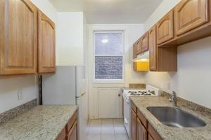 444 Larkin Street,San Francisco,California,United States 94102,1 Bedroom Bedrooms,1 BathroomBathrooms,Apartment,Larkin Street,1307