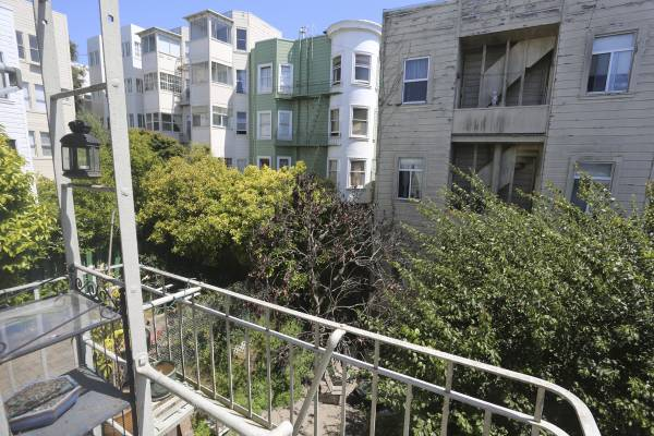 1449 Washington Street, San Francisco, California, United States 94109, 2 Bedrooms Bedrooms, ,1 BathroomBathrooms,Apartment,Two Bedroom,Washington Street,1347
