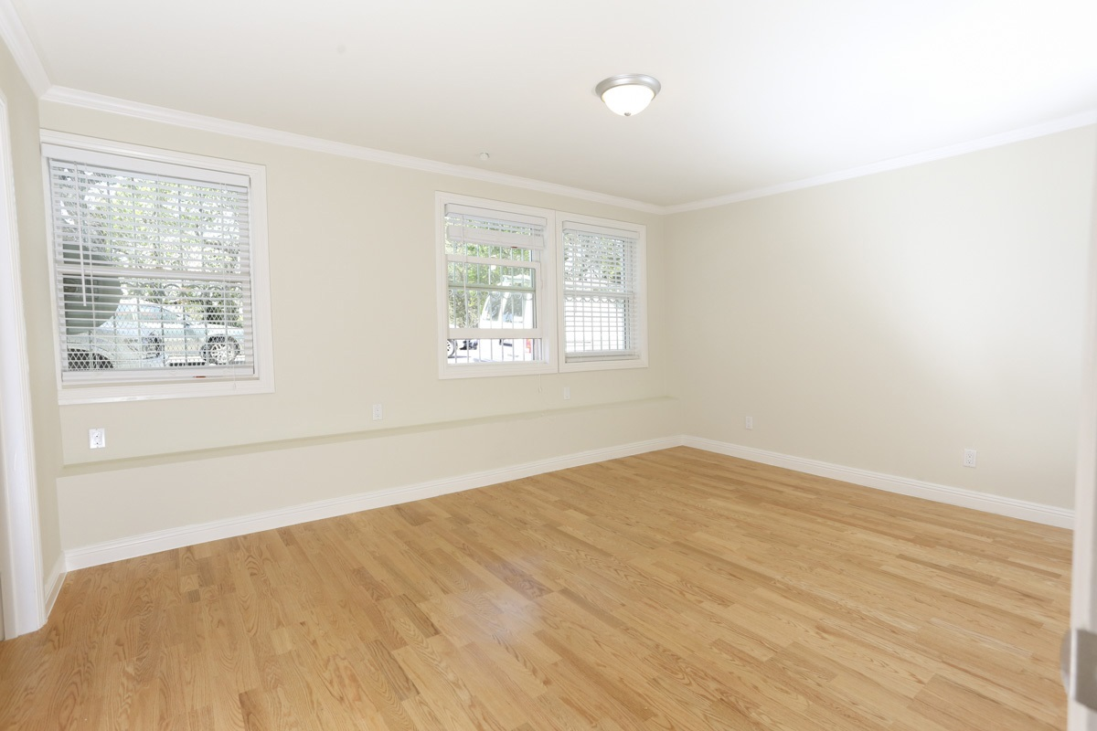 600 Stanyan Street, San Francisco, California, United States 94117, 3 Bedrooms Bedrooms, ,3 BathroomsBathrooms,Apartment,Three Bedroom,Stanyan Street,1047