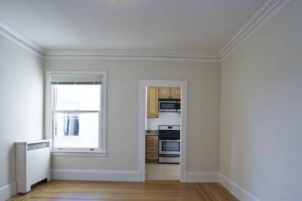 3299 Washington Street, San Francisco, California, United States 94115, 2 Bedrooms Bedrooms, ,1 BathroomBathrooms,Apartment,Two Bedroom,Washington Street,1052