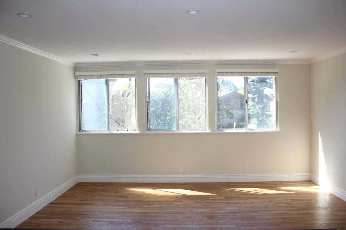 98 Vernon, Oakland, California, United States 94610, 2 Bedrooms Bedrooms, ,1 BathroomBathrooms,Apartment,Two Bedroom,Vernon,1682