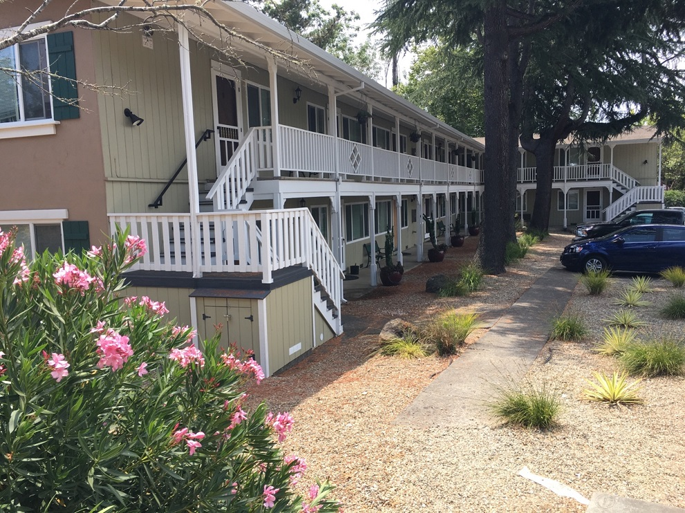 3820 Sumner Lane, Santa Rosa, California, United States 95405, 1 Bedroom Bedrooms, ,1 BathroomBathrooms,Apartment,One Bedroom,Sumner Lane,1689