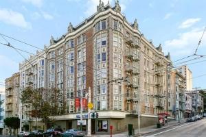 1755 Van Ness Avenue,San Francisco,California,United States 94109,1 BathroomBathrooms,Apartment,Van Ness Avenue,1693