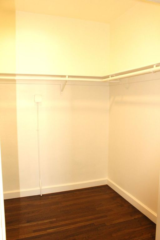 1755 Van Ness Ave, San Francisco, California, United States 94109, 2 Bedrooms Bedrooms, ,1 BathroomBathrooms,Apartment,Two Bedroom,Van Ness Ave,1696
