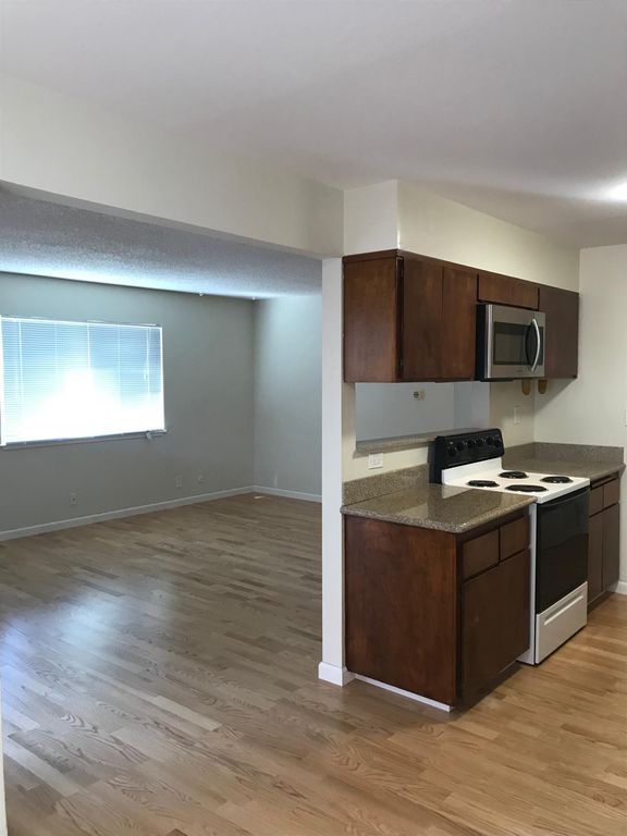 394 Orange Street, Oakland, California, United States 94610, 1 Bedroom Bedrooms, ,1 BathroomBathrooms,Apartment,One Bedroom,Orange Street,1732