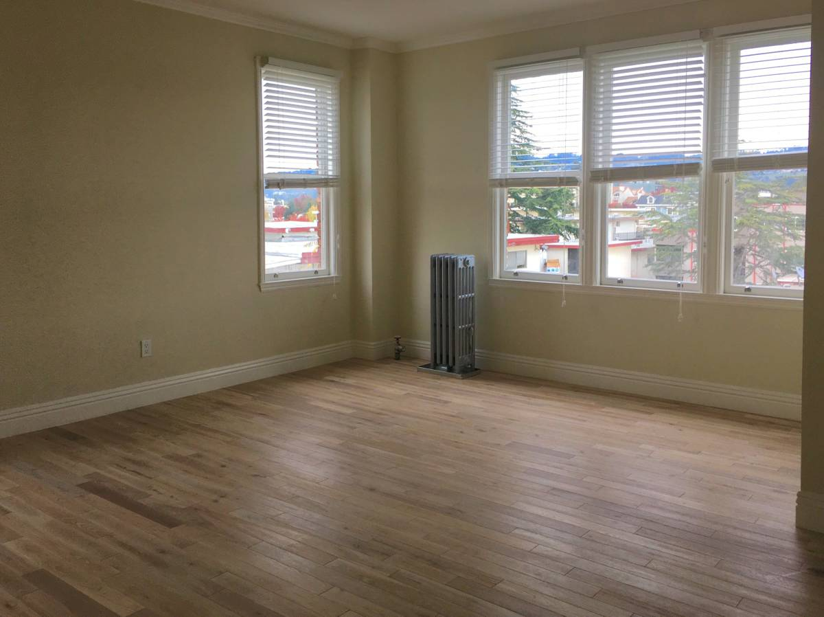 266 Lenox Avenue, Oakland, California, United States 94610, 2 Bedrooms Bedrooms, ,1 BathroomBathrooms,Apartment,Two Bedroom,Lenox Avenue,1751