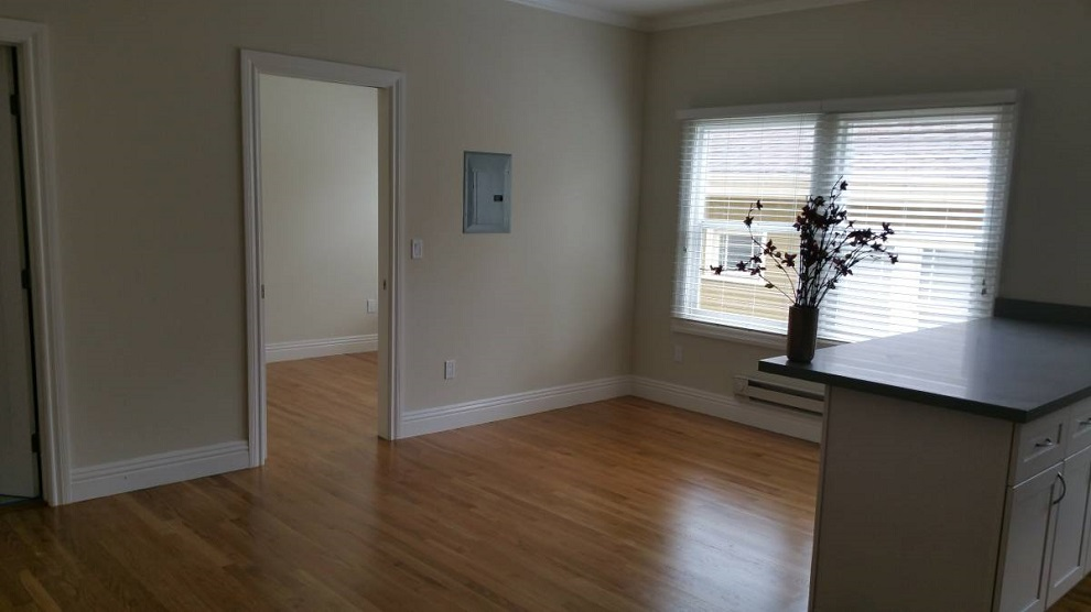 2440 8th Avenue, Oakland, California, United States 94606, 2 Bedrooms Bedrooms, ,1 BathroomBathrooms,Apartment,Two Bedroom,8th Avenue,1766