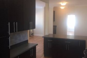 3549 Lakeshore Avenue, Oakland, California, United States 94610, 1 Bedroom Bedrooms, ,1 BathroomBathrooms,Apartment,One Bedroom,Lakeshore Avenue,1077
