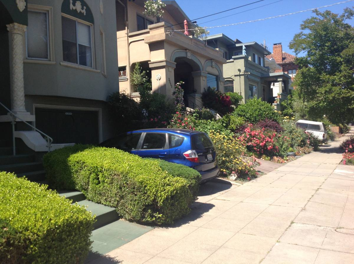 3549 Lakeshore Ave., Oakland, California, United States 94610, 2 Bedrooms Bedrooms, ,1 BathroomBathrooms,Apartment,Two Bedroom,Lakeshore Ave.,1776
