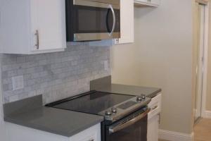 1470 Alice, Oakland, California, United States 94612, 1 Bedroom Bedrooms, ,1 BathroomBathrooms,Apartment,One Bedroom,Alice,1785