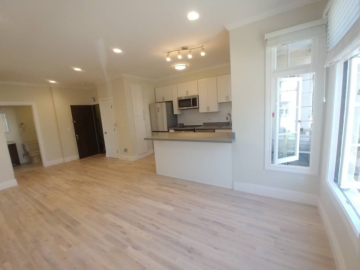 633 Alma Ave, Oakland, California, United States 94610, 2 Bedrooms Bedrooms, ,1 BathroomBathrooms,Apartment,Two Bedroom,Alma Ave,1,1792
