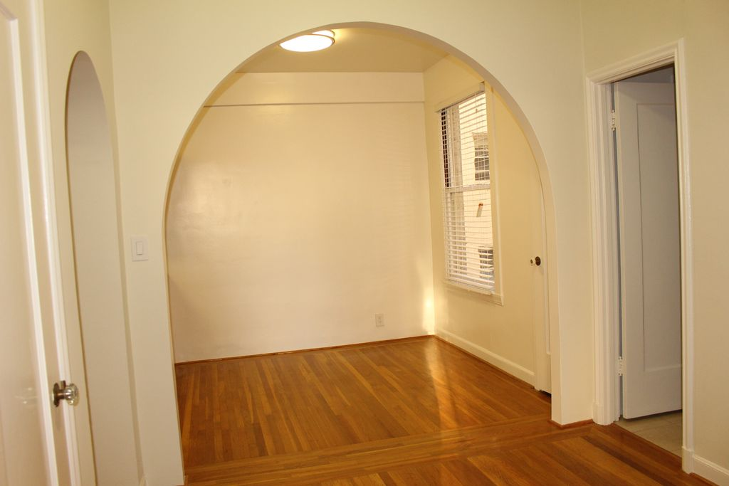 1735 Van Ness Avenue,San Francisco,California,United States 94109,Apartment,Van Ness Avenue,1185