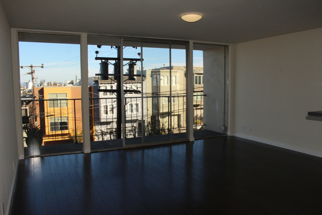 655 Kansas Street, San Francisco, California, United States 94107, 2 Bedrooms Bedrooms, ,1 BathroomBathrooms,Apartment,Two Bedroom,Kansas Street,1824