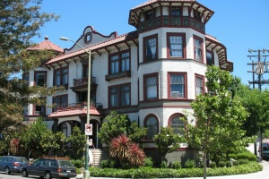 1800 Lakeshore Ave., Oakland, California, United States 94606, 2 Bedrooms Bedrooms, ,1 BathroomBathrooms,Apartment,Two Bedroom,Lakeshore Athol,Lakeshore Ave.,1859