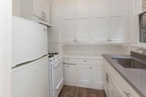 698 Bush St., San Francisco, California, United States 94108, 1 Bedroom Bedrooms, ,1 BathroomBathrooms,Apartment,One Bedroom,Bush St.,1895