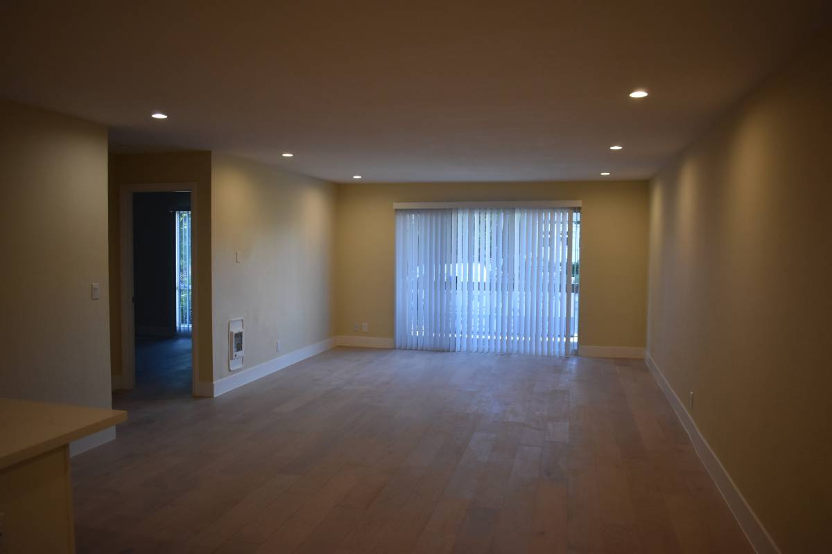 315 Wayne Place, Oakland, California, United States 94606, 2 Bedrooms Bedrooms, ,1 BathroomBathrooms,Apartment,Studio,Wayne Place,1902