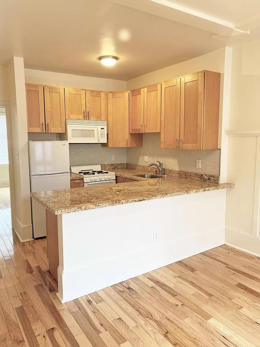 1140 Sutter St., San Francisco, California, United States 94109, 2 Bedrooms Bedrooms, ,1 BathroomBathrooms,Apartment,Two Bedroom,Sutter St.,1954